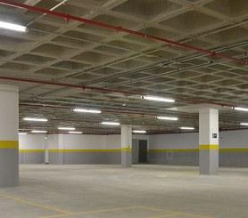 Construcción de parking con encofrado de losa RECUB