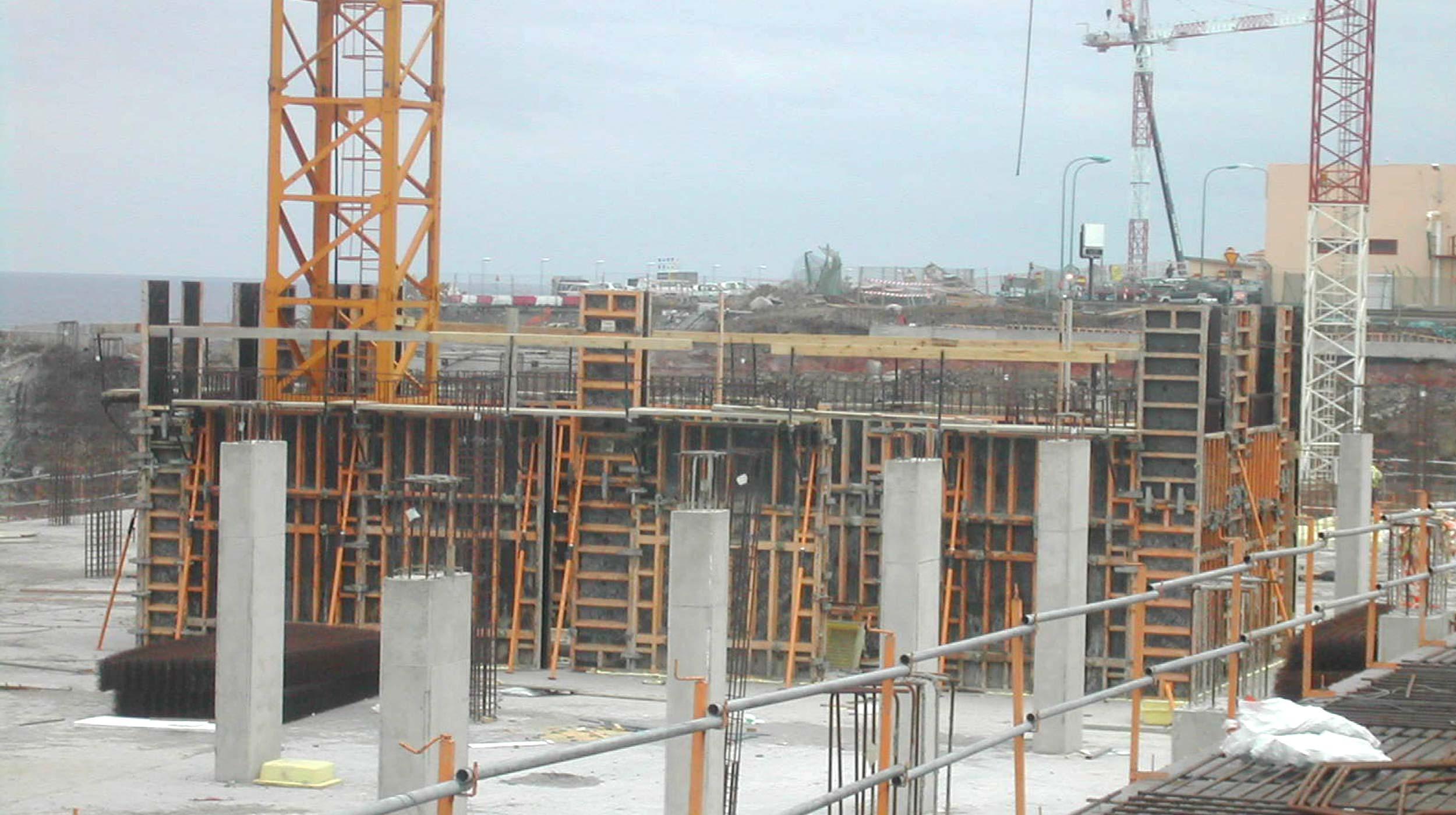 Las obras de reforma y ampliación del aeropuerto de La Palma constituyen, en realidad, la construcción de prácticamente un aeródromo nuevo.