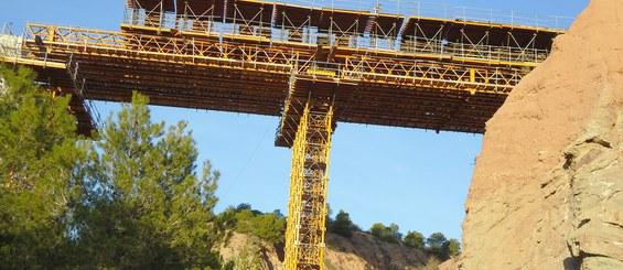 Viaducto sobre el Barranco de los Ojos, Alicante, España