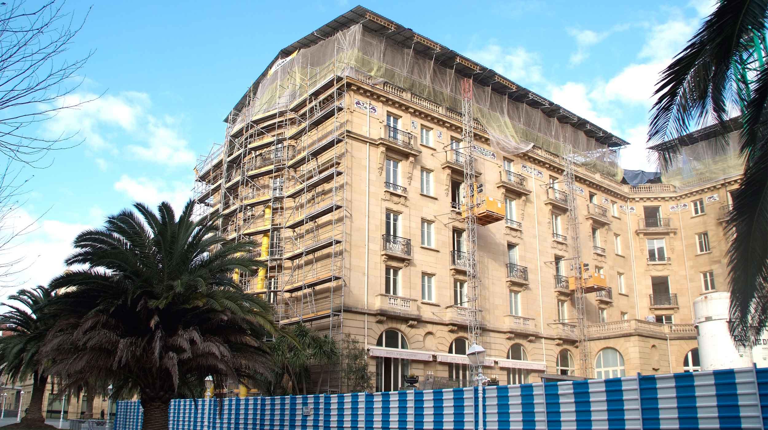 El 9 de octubre de 2011 ha sido la fecha elegida por la cadena hotelera Starwood para echar el cierre y comenzar las obras que supondrán la rehabilitación integral de sus instalaciones.